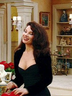 fran drescher / The Nanny GIF Fashion Tv, Fashion Looks, Fashion Outfits, Fran Fine Outfits, Nanny Outfit, Aesthetic Clothes, Style Icons, Cute Outfits, Movie Outfits