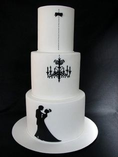 gothic wedding cake | LOOOOVE this wedding cake.... by elsa
