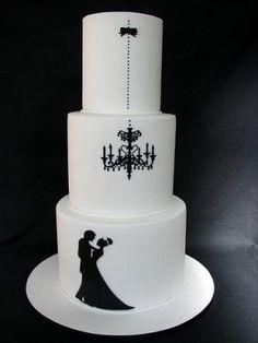 gothic wedding cake   LOOOOVE this wedding cake.... by elsa