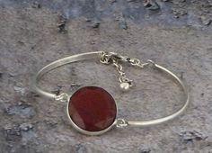 Dark Red Jade Gemstone Cuff Bracelet and Stud Earrings, Marsala Jade Jewelry, Silver Bracelet, Stone Bracelet, Silver Plated Bracelet