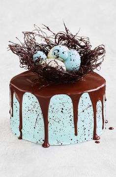Amazing chocolate speckled cake - ostertorte Best Picture For Easter Recipes Ideas For Your Taste You are looking for something, a - Easter Cupcakes, Easter Cookies, Easter Treats, Holiday Cakes, Holiday Desserts, Holiday Treats, Holiday Parties, Easter Celebration, Celebration Cakes