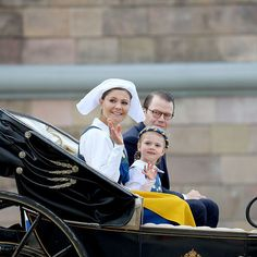Baby Prince Oscar sat this one out as his mom Crown Princess Victoria, sister Princes Estelle and dad Prince Daniel enjoyed a carriage ride through the streets of Stockholm.