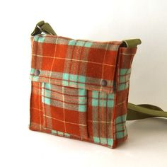 Wool Satchel - I love the shape of this bag - pic for inspiration