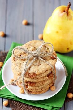 Caramel Pear Cookies -- perfect for gifting or enjoying yourself! | gimmesomeoven.com