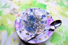 Купить Подарок на память шар Незабудки 8 см, пресс папье, красота и нежность в интернет магазине на Ярмарке Мастеров
