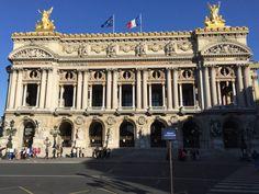 Ganhe uma noite no Comfortable 110m2 3Br center, live like Parisians! - Apartamentos para Alugar em Paris no Airbnb!