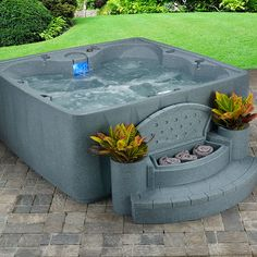 Elite 600 Plug and Play Hot Tub with Ozone and LED Waterfall Freeport Park 6 Person Tubs For Sale, My Pool, Whirlpool Bathtub, Backyard Patio, Backyard Hot Tubs, Backyard Layout, Future House, New Homes, House Design
