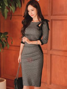 Looking for Stripe Oblique Collar Slim Bodycon Dress? Fancywe offers lots of Bodycon Dresses in different styles, colors and materials. Dress your own style with Stripe Oblique Collar Slim Bodycon Dress Simple Dresses, Sexy Dresses, Vintage Dresses, Casual Dresses, Dress Outfits, Fashion Dresses, Work Fashion, Asian Fashion, Sheath Dress