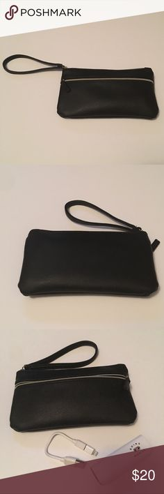 """Tech Wristlet NWOT (tags enclosed) tech wristlet 