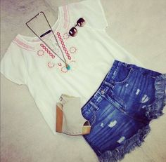 free people shorts paired with a cute blouse hemline baton rouge la