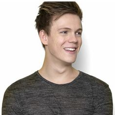 17. Caspar Lee | Community Post: 20 Hottest Guys From YouTube.