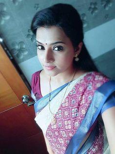 Indian Aunty Full Profile And Get Mobile Number   Hindi Business Tips Indian Tv Actress, Actress Pics, Beautiful Indian Actress, Indian Actresses, Indian Natural Beauty, Indian Beauty Saree, Beauty Full Girl, Beauty Women, Kerala Saree Blouse Designs