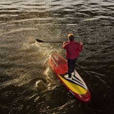 Stand up paddleboarder Bruno Sroka hitting some high speeds in Amsterdam.
