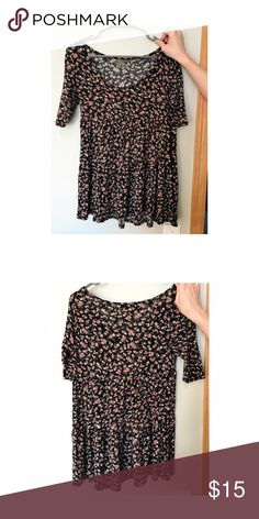 Pacsun LA hearts floral flowy peplum top Floral flowy peplum top! Size small. Fun floral and perfect for spring!! PacSun Tops Tees - Short Sleeve