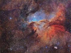 The Emission Nebula. Antonucci and Columbari ©