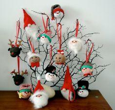 Christmas Ornaments - AmigurumiBB - Free Patterns. ☀CQ #crochet #christmas   http://www.pinterest.com/CoronaQueen/crochet-christmas-corona/