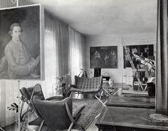 A 1940 photo of Albini's home in Milan shows the original bookcase in situ.Photo courtesy of Fondazione Franco Albini