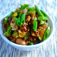 A recipe for a chicken stir fry that is #lowoxalate for healthy kidneys.  It's also a #glutenfree stir fry too.  Find out more at FreshMenuPlanner.com