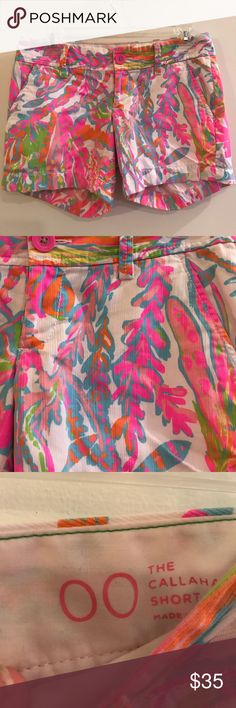 Lilly Pulitzer The Callahan Short Like new condition Lilly Pulitzer The Callahan Short size 00. Super fun bright neon colors perfect for summertime 🌺 Lilly Pulitzer Shorts