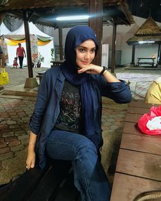 """Yuna Zainal shared a photo on Instagram: """"Muka penat makan 😅  jeans from @poplook ❤️"""" • See 873 photos and videos on their profile. Beautiful Hijab Girl, Foto E Video, Photo And Video, Fotos Do Instagram, Jeans, Punk, Doraemon, Sexy, Beauty"""