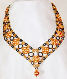 Free pattern for necklace Margaret Click on link to get pattern - http://beadsmagic.com/?p=6069