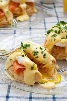 """Sometimes, a picture really does say it all. This photo of scrumptious Smoked Salmon Eggs Benedict from Katherine Martinelli's cookbook """"Puff Pastry at Brunch: 10 sweet and savory recipes"""" certainl. Smoked Salmon And Eggs, Salmon Eggs, Salmon Starter, Country Cooking, Meal Prep, Food Prep, Breakfast Recipes, Breakfast Ideas, Food For Thought"""