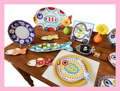 Give your dining table a splash of color with these adorable fish plates and platters!