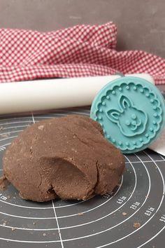 Keto Osterkekse - schokoladige Lowcarb Kekse Keto, Cookies, Food, Savory Foods, Sweet Desserts, Bakken, Yummy Food, Food And Drinks, Butter Cookies Recipe