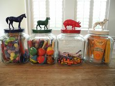 Glass jars + craft store farm animals + glossy paint. Must make this for my boy :)