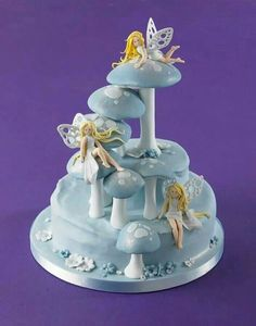 Fairies & toadstool cake by Debbie Brown Pretty Cakes, Cute Cakes, Beautiful Cakes, Amazing Cakes, Bolo Laura, Toadstool Cake, Kiwi Cake, Rodjendanske Torte, Debbie Brown