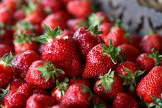 50 epres recept Sweet And Salty, Pesto, Strawberry, Cooking Recipes, Homemade, Fruit, Food, Home Made, Chef Recipes