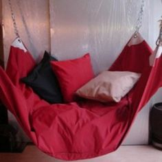 Beanbag hammock styled LE BEANOCK, hand made cotton or woven technical man-made fabric, contemporary garden & home hammock furniture Outdoor Hammock Bed, Diy Hammock, Hammocks, Bean Bag Hammock, Bean Bag Chair, Cool Furniture, Furniture Design, Dreams Beds, Tiny House Living