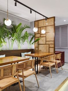 A conceptual Thai Restaurant which was to feel like a tropical paradise Filipino Interior Design, Restaurant Interior Design, Office Interior Design, Commercial Interior Design, Bamboo Restaurant, Deco Restaurant, Restaurant Concept, Thai Restaurant, Restaurant Tables