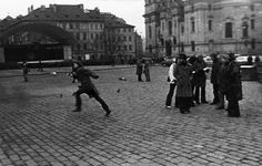 """""""I had a date with several of my friends. we were standing in the square talking. suddenly, I started to run. I was running over the square and got lost in one of the streets"""" Jiri Kovanda Modern Art, Contemporary, How To Start Running, Suddenly, Entrance, Religion, Louvre, Public, Street View"""