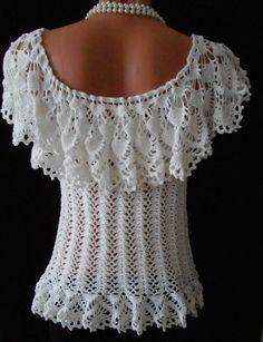 * // Raisa Ungureanu Gilet Crochet, Crochet Blouse, Crochet Lace, Modern Crochet Patterns, Crochet Designs, Diy Crafts Crochet, Black Crochet Dress, Pineapple Crochet, Beautiful Crochet