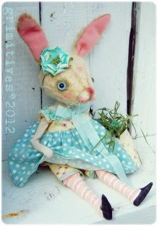 grimitives: Gallery of Dolls Little Bunny Foo Foo, Bunny Costume, Primitive Folk Art, Vintage Easter, Soft Dolls, Felt Animals, Bunny Rabbit, Easter Bunny, Crafts To Make