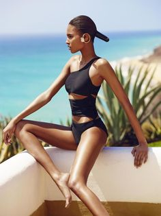 Body story (Vogue Ukraine)