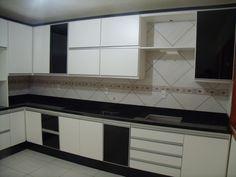 cozinha em preto e branco com perfis de alumínio - Google Search