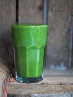 Grøn smoothie med appelsin