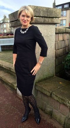 Workwear chic for women over 40 #over50fashionforwomen