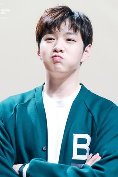 Lee Changsub being. Btob Changsub, Im Hyunsik, Yook Sungjae, Lee Minhyuk, Cnblue, Multimedia, Korean Boy Bands, Girl Day, Cute Faces