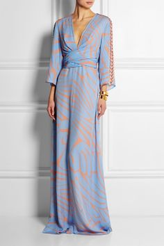 Issa's 'Francesca' printed silk-georgette maxi dress cuts a striking figure with its kimono sleeves and crustal embellishments. Dress available at Net-a-Porter. Modest Dresses, Dresses With Sleeves, Bridesmaid Inspiration, Clothing Blogs, Dressed To The Nines, Dress Cuts, Couture, Modest Fashion, Silk Dress