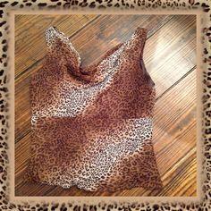 #371   ICE SILK LEOPARD PRINT TOP Like new!  100% Silk leopard print sleeveless tank top. ICE Tops