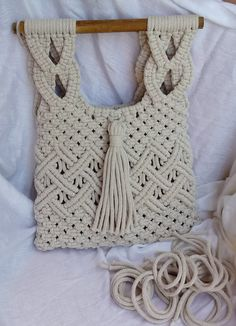 Macrame Purse, Sashiko Embroidery, Macrame Design, Macrame Projects, Macrame Patterns, Micro Macrame, Handmade Bags, Knitting, Crochet Bags