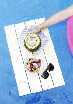 Have the best summer ever with the help of these 20 awesome DIY ideas that you need to try. Games, pool accessories, summer clothes and more.