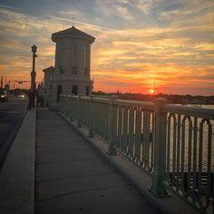 gcj1971#sunset#sunsets#sunsetlovers#sunsets_oftheworld#sunset_pics#sky#skyporn#skypainters#clouds#cloudporn#nature#naturelovers#nature_perfection#instadaily#instalike#instagram#iphone#iphoneonly#photo#photography#picoftheday#photooftheday#staugustine#florida#floridalife#floridaliving#usa#