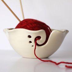White Ruffled Ceramic Yarn Bowl, Knitting Bowl, Crochet Bowl, Pottery Yarn Bowl, Made to Order
