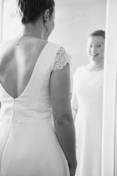 #photographie #photography #mariage #wedding #ville #city #lille #france #nord One Shoulder Wedding Dress, France, City, Wedding Dresses, Photography, Fashion, Weddings, Bride Dresses, Moda