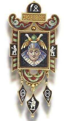 Gold and micromosaic brooch/pendant, circa 1865 Un travail incroyable de granulation et de micromosaïque. Superbe!