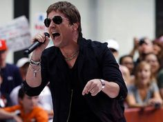 Rob Thomas: Nice voice...and everything else....